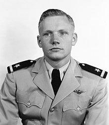 Neil_Armstrong_23_May_1952